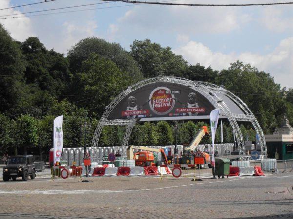bâche festival sur structure